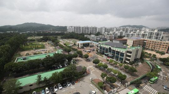 """""""우리가 봉이냐""""…지자체장들, `강남 집값 들러리` 발끈"""